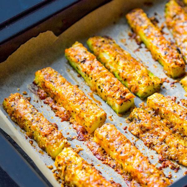 Gebackene Zucchini-Sticks