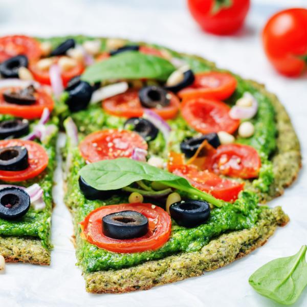Zucchiniboden-Pesto-Pizza