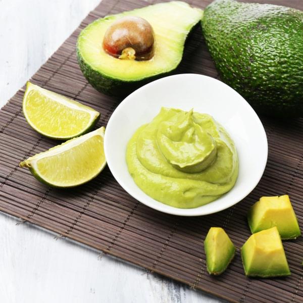 Avocado-Kräutercreme